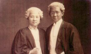Lim-Beng-Hong-and-Lim-Khye-Seng-in-gowns-and-wigs-crop